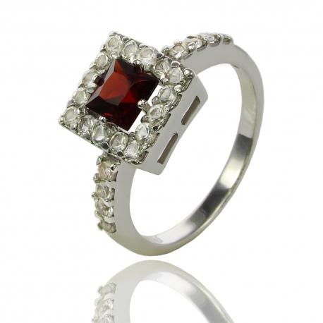 Золотое кольцо с гранатом (К0552)