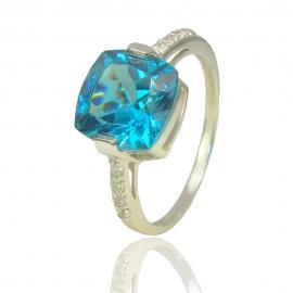 Золотое кольцо с топазом (К1124)
