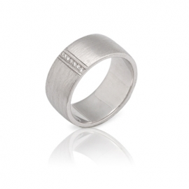 Обручальное кольцо с бриллиантом (К0329)
