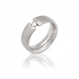 Обручальное кольцо с бриллиантом (К0347)